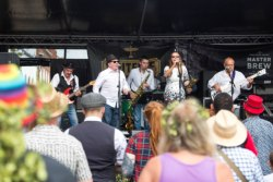 Loose Change Showband, Sittingbourne